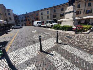 Nuovi pilottini in via Roma